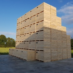 Woode boxes for vegetables