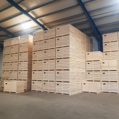 Wooden boxes 1,6m for gravity storage